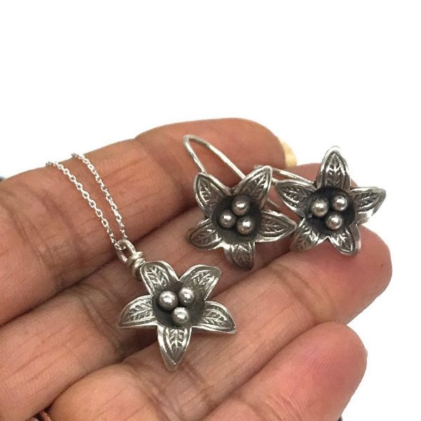 silver lily flower set