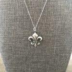 flower fleur necklace
